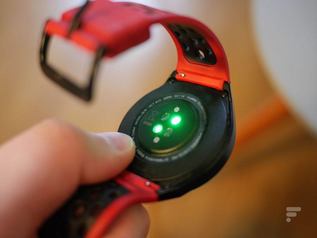 The Huawei Watch GT 2e heart rate sensor